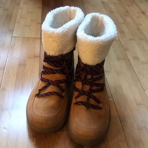Gap winter boots with faux shearling